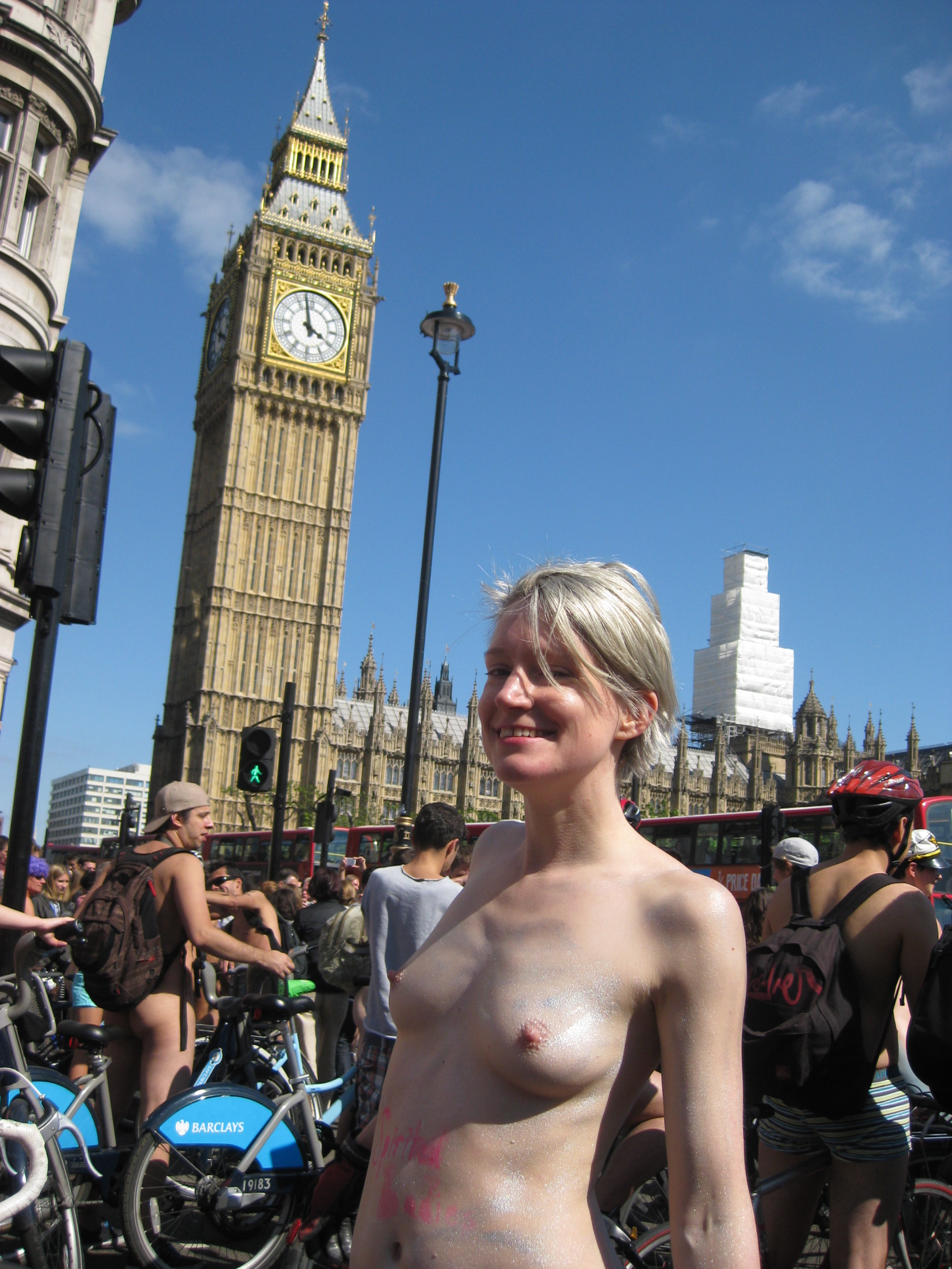 London girls naked images — pic 12
